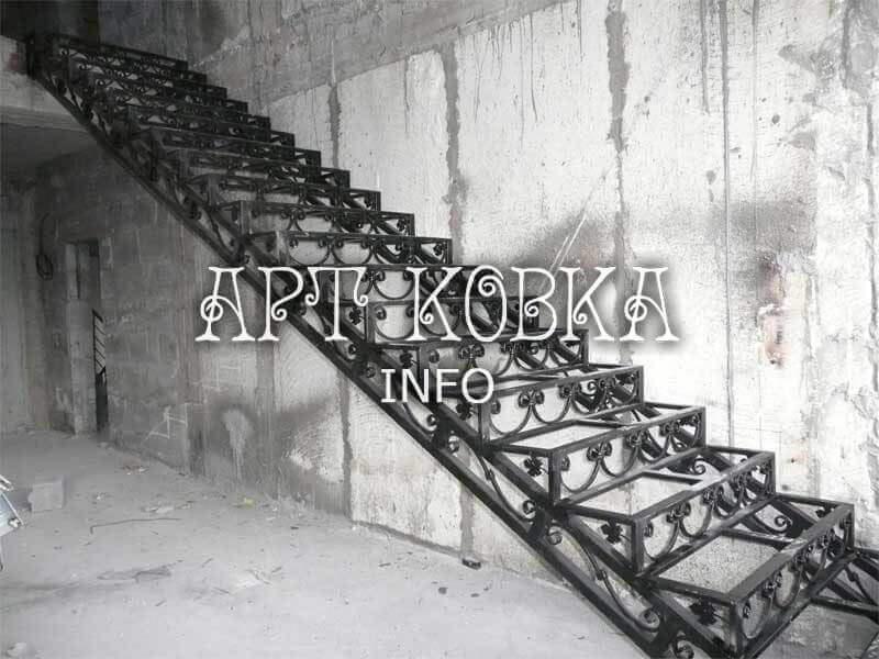 Каркасы лестниц из металла Изабель