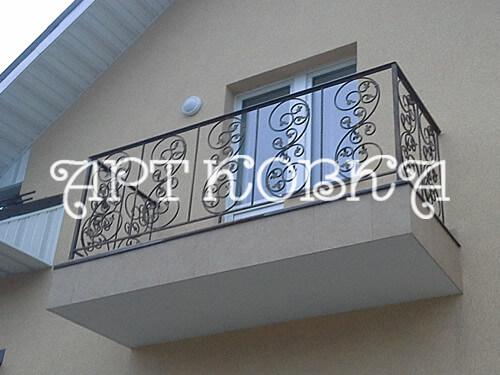 Кованое ограждение балконов Барбара