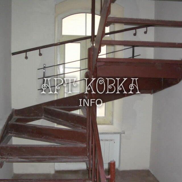 Каркасы лестниц Винт