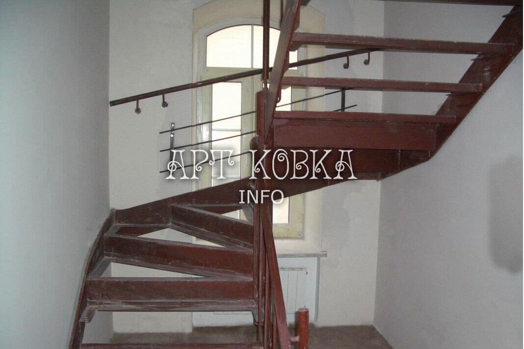 Каркасы металлические лестниц Винт