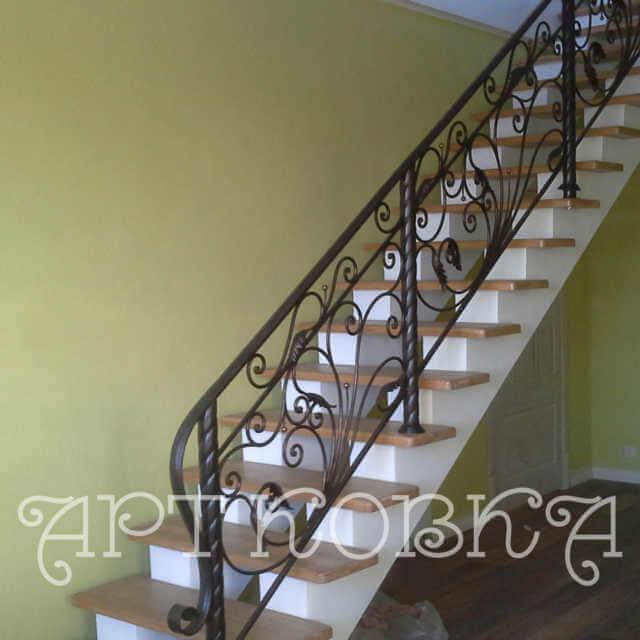 Кованая лестница Жасмин