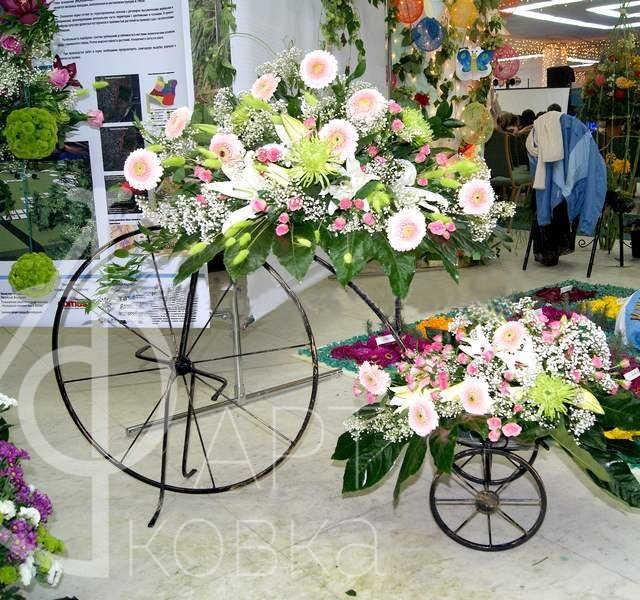 Кованая цветочница Белла