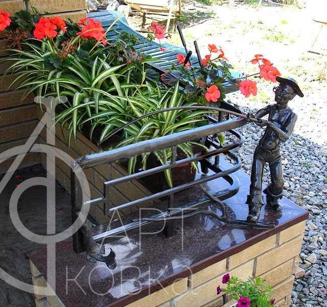 Кованая цветочница Рогнеда