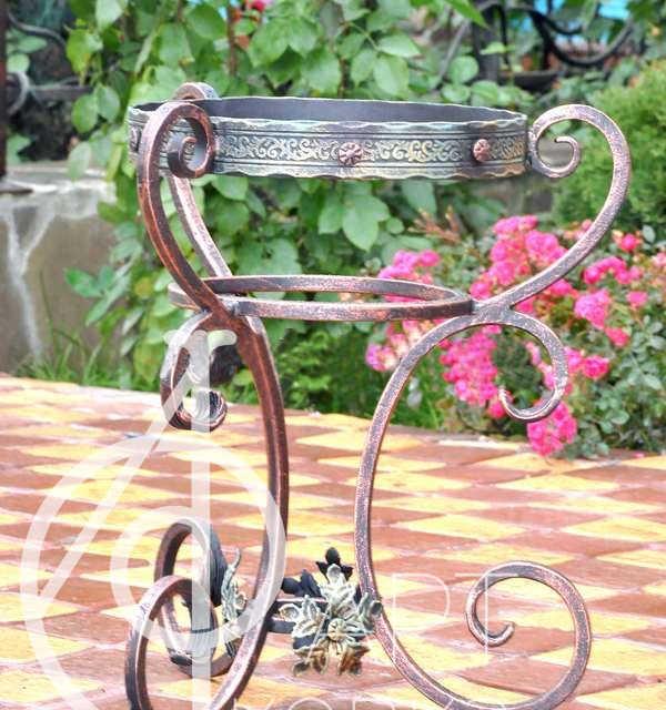 Кованая цветочница Глория 65