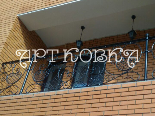 Кованое ограждение балконов Монро