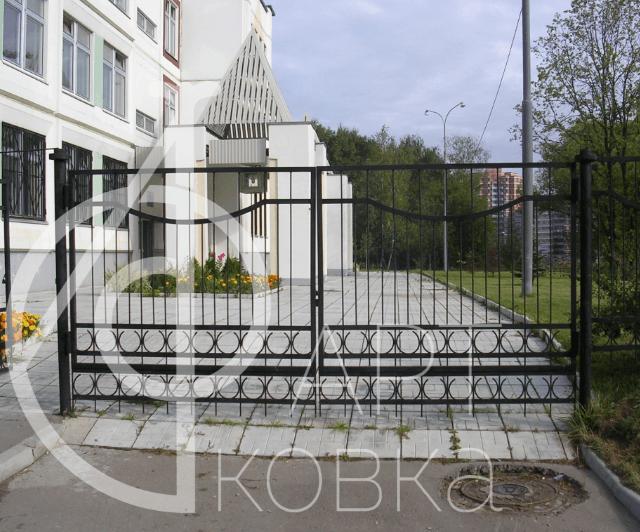 Кованые ворота Базаран