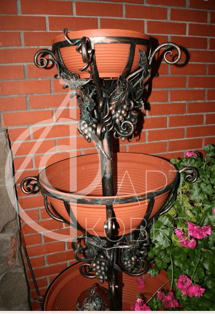 Кованая цветочница Лизетта