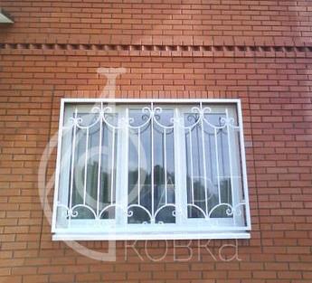 Кованые решетки на окна Пентагаст 15