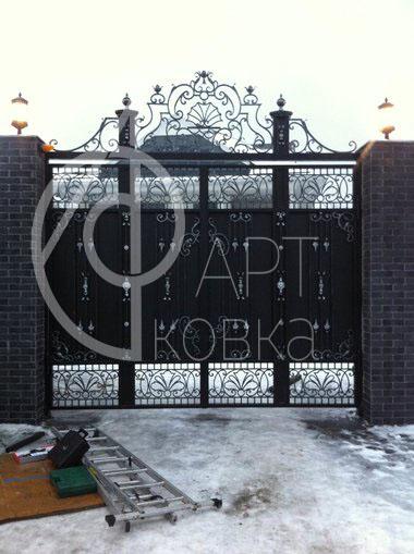 Кованые ворота Брина 48