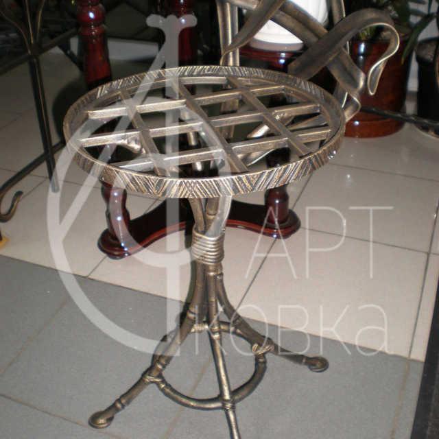 Кованый стол Шейла