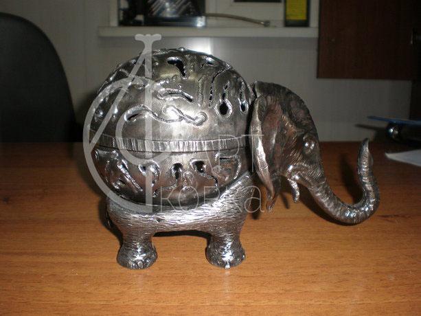 Кованая статуэтка Слон