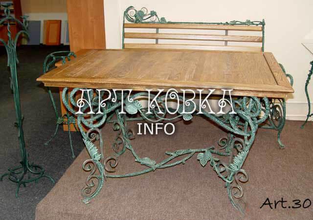Кованый стол Дионис