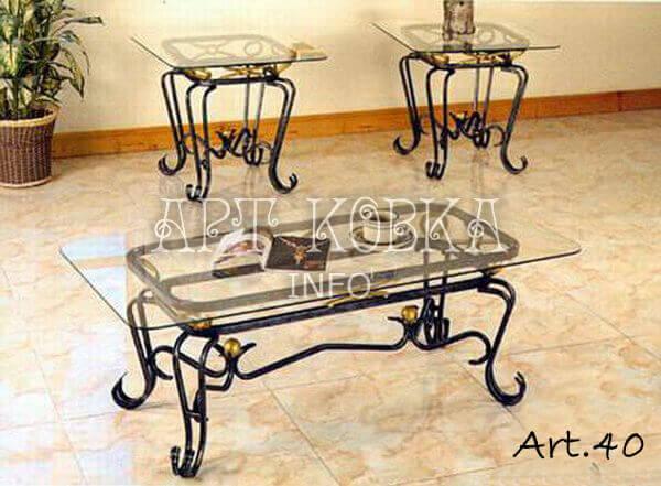 Кованый стол Антуанет