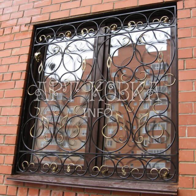 Кованые решетки на окна Сурика