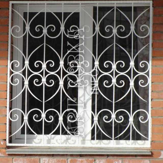 Кованые решетки на окна Калантрис
