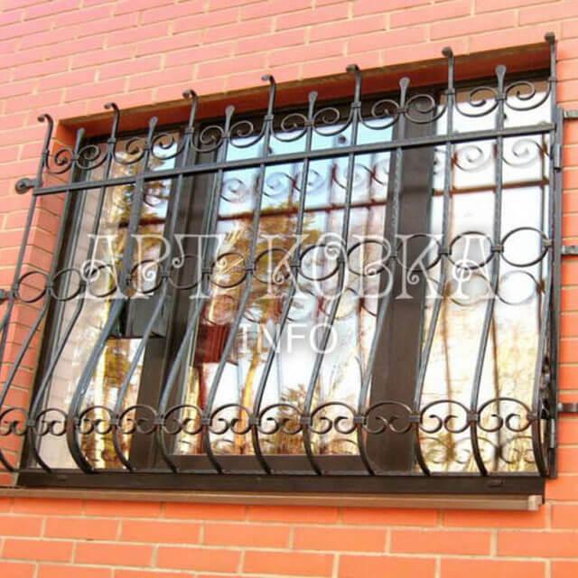 Кованые решетки на окна Пироль