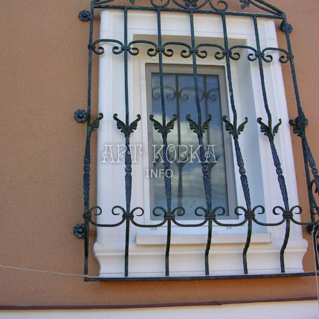 Кованые решетки на окна Самтир (2)