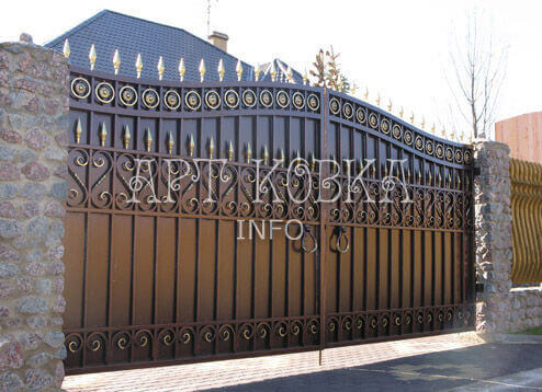 Кованые ворота Сантари