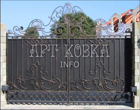 Кованые ворота Карен