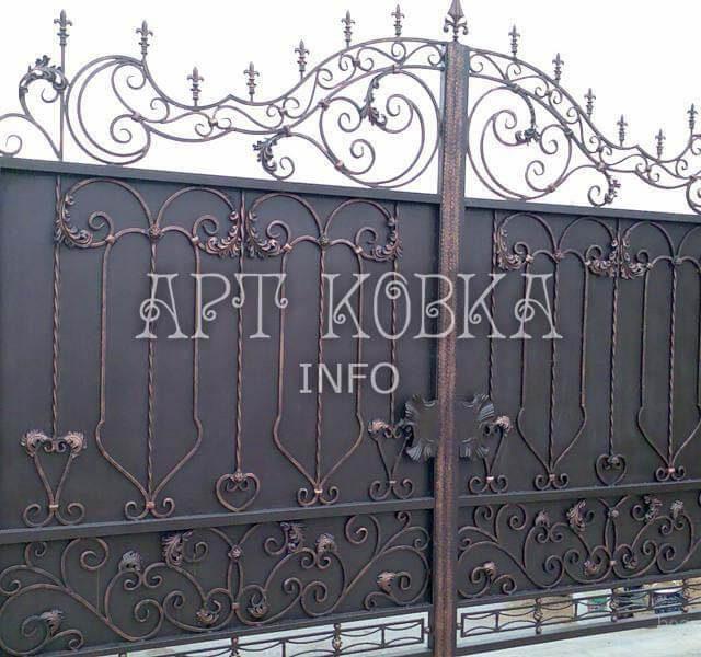 Кованые ворота Кортиз