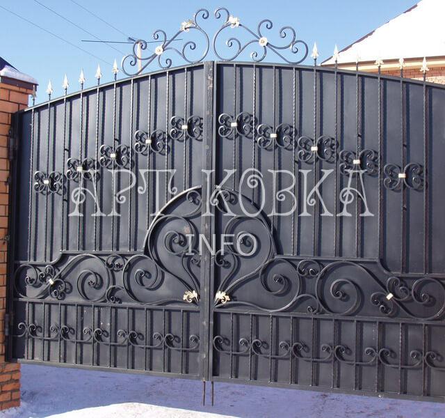 Кованые ворота Ларнис