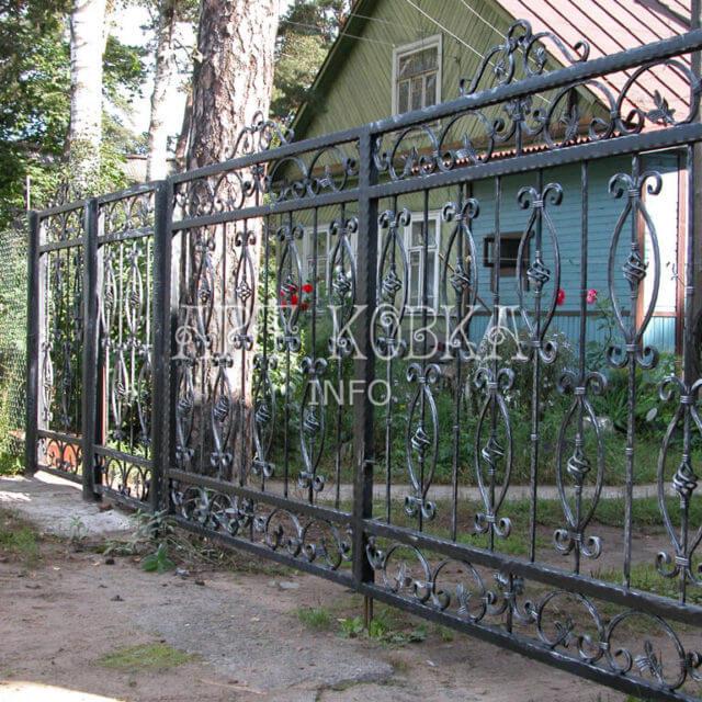 Кованые ворота Ирилия