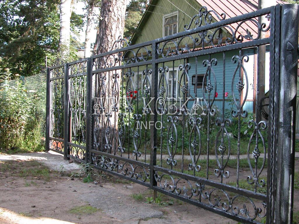 Ажурные кованые ворота Ирилия