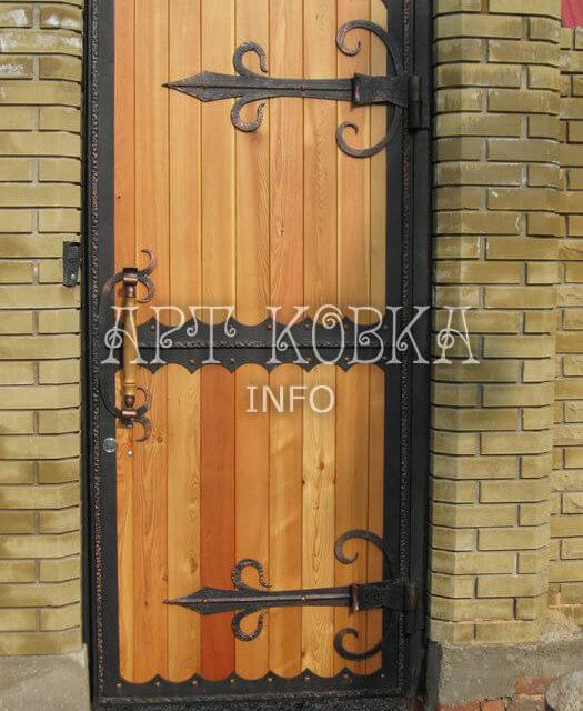 Кованая дверь Золотой ключик