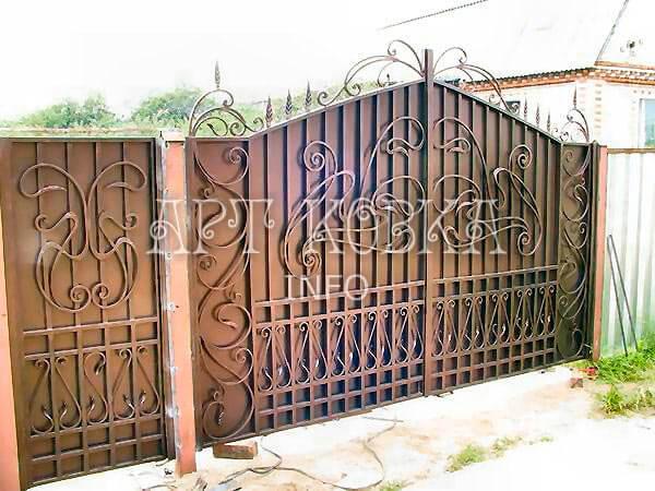 Кованые ворота Лиран