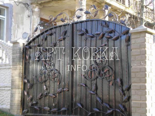 Кованые ворота Лозана