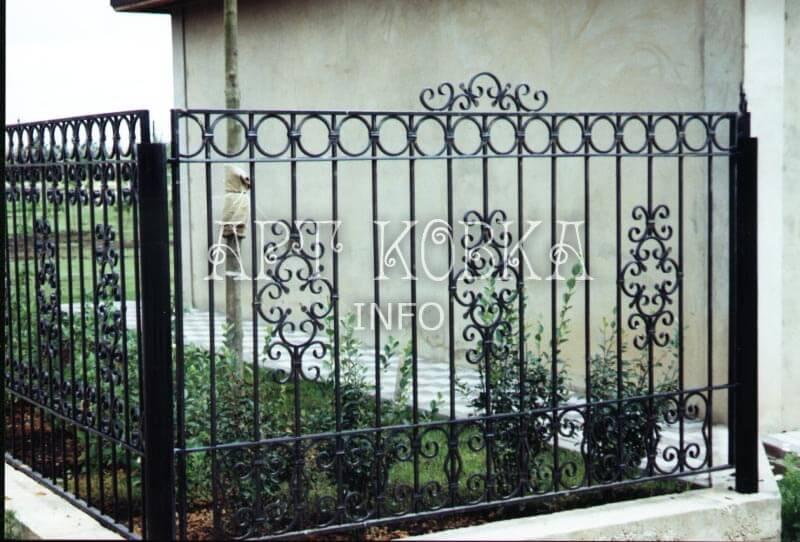 Ажурный кованый забор Фиола