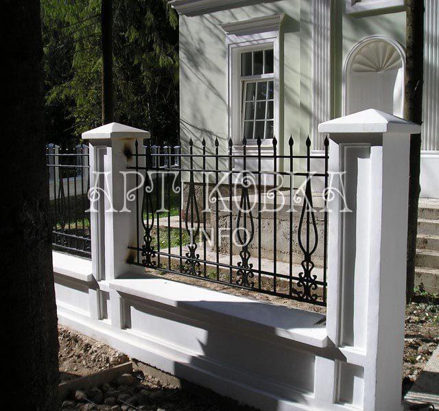 Кованый забор Лаит