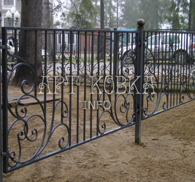 Кованый забор Сонет